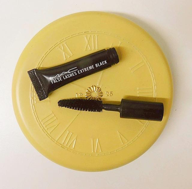 Sample Wednesday: Mac False Lash Extreme Black Mascara