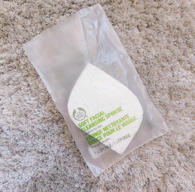 First Impressions Review of The Body Shop Soft Facial Cleansing Sponge