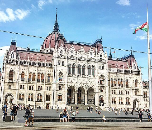 Budapest Parliament.jpg