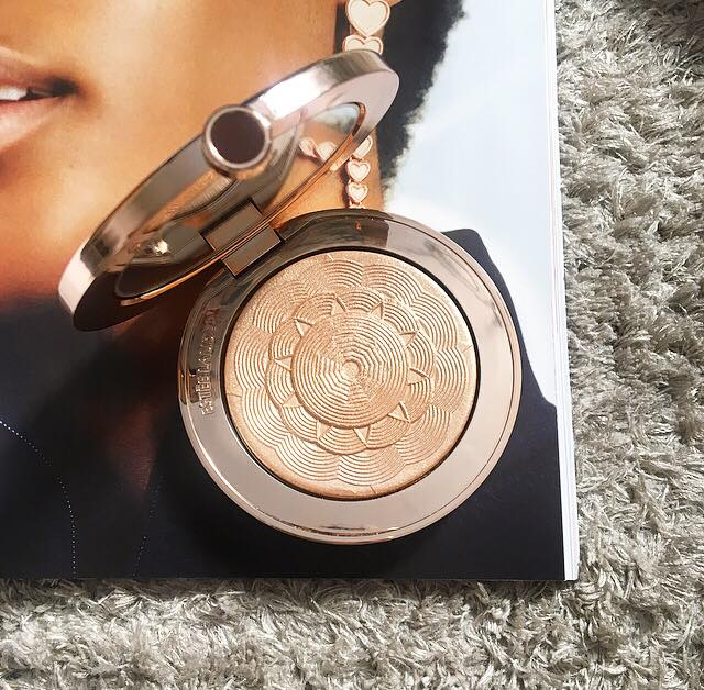 Estée Lauder Limited Edition Bronze Goddess Illuminating Powder Gelée 'Heat Wave' | Review, Swatches, Comparisons